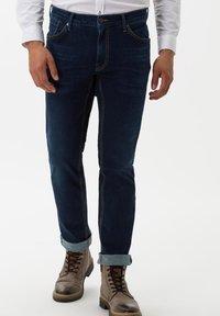 BRAX - STYLE CHUCK - Slim fit jeans - stone blue - 0