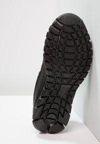 Kappa - FOLLOW - Chaussures d'entraînement et de fitness - black/grey - 4