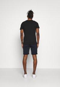 Jack & Jones - JCOPAX TEE CREW NECK SLIM FIT - Print T-shirt - black - 2