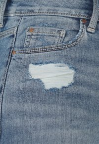 Marks & Spencer London - Jeansshorts - light-blue denim - 2