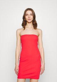 Even&Odd - 2 PACK - Pouzdrové šaty - black/red - 1