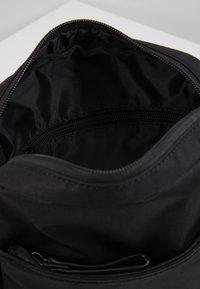 Strellson - SWISS CROSS SHOULDERBAG - Across body bag - black - 4