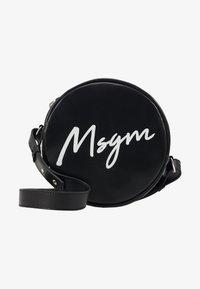 MSGM - Taška spříčným popruhem - black - 1