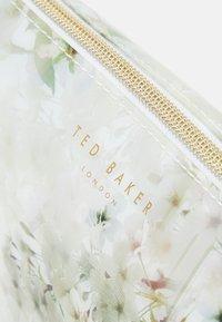 Ted Baker - SAVVA - Wash bag - ivory - 4
