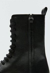 Massimo Dutti - Lace-up ankle boots - black - 4