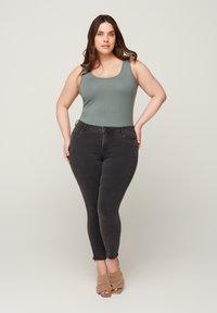Zizzi - Slim fit jeans - grey - 0