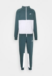Nike Sportswear - SUIT SET - Trainingspak - ash green/white - 7