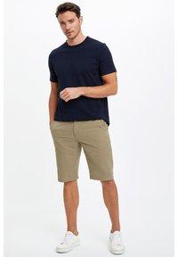 DeFacto - Basic T-shirt - indigo - 1