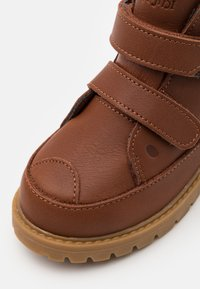 Viking - FAIRYTALE WARM WP UNISEX - Winter boots - cognac - 5