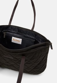 Barbour - WITFORD QUILTED TOTE SET - Tote bag - olive - 4