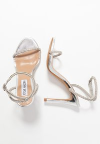 Steve Madden - FESTIVE - High heeled sandals - silver - 3