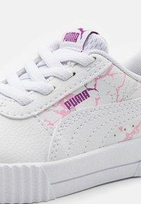 Puma - CARINA MARBLE GLITTER - Trainers - white - 5