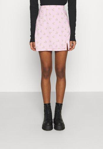 SOFT SLIT - Mini skirt - pink