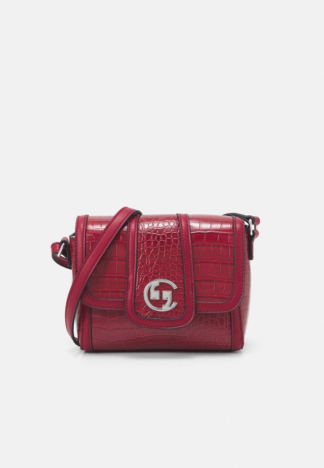 A REAL LADY SHOULDERBAG - Across body bag - red