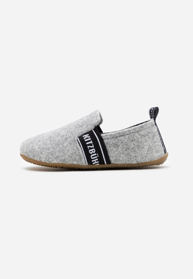 T-MODELL UNISEX - Slippers - grey