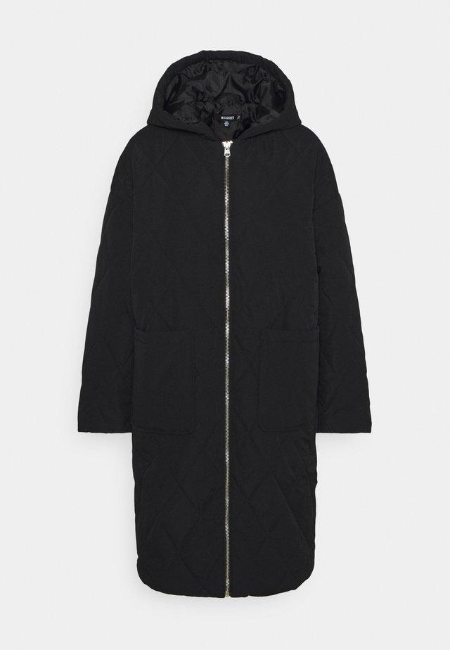 QUILTED LONGLINE COAT - Parka - black
