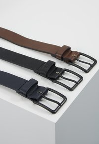 Pier One - 3 PACK - Belt - dark blue/black/brown - 3