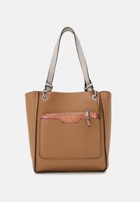 PARFOIS - BAG - Handbag - ecru - 4