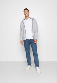 Armani Exchange - JUMPER - T-Shirt print - white - 1