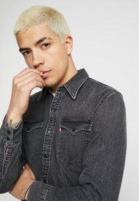 Levi's® - BARSTOW WESTERN - Shirt - black worn - 4