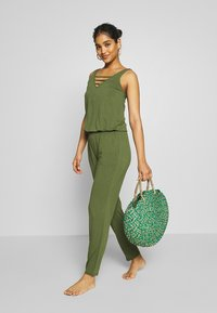 s.Oliver - OVERALL - Complementos de playa - olive - 1
