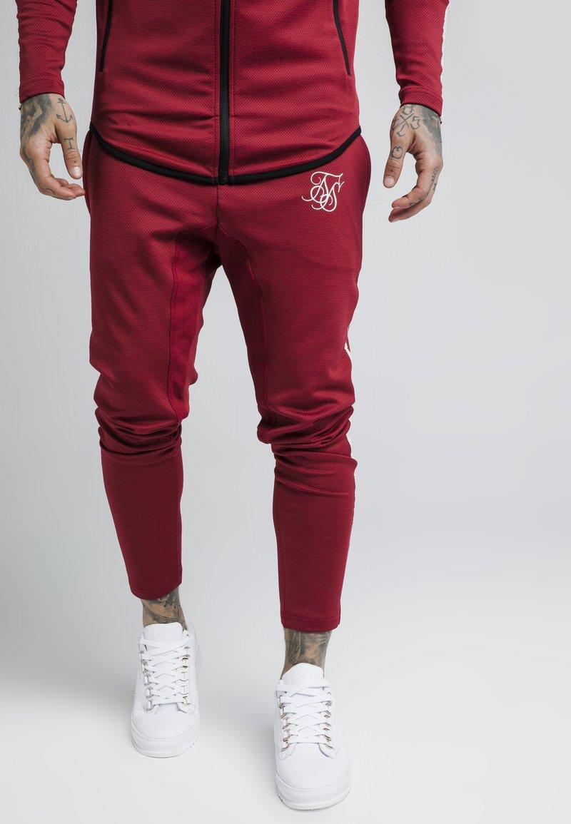 SIKSILK - TECH ATHLETE TRACK PANTS - Tracksuit bottoms - burgundy
