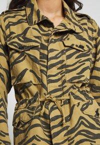 Leon & Harper - VOLVOX FELIN - Short coat - brown - 4