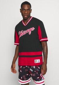Mitchell & Ness - NBA CHICAGO BULLS FINAL SECONDS - Article de supporter - black - 0