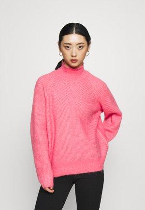 YASBALIRA HIGH NECK - Svetr - pink lemonade