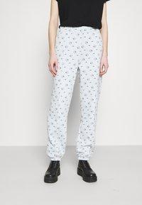 Nike Sportswear - PANT - Spodnie treningowe - pure platinum - 0