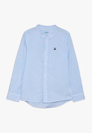 Camisa - light blue