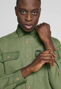 Lee - OVERSHIRT - Shirt - utility green - 5