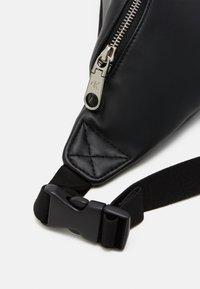 Calvin Klein Jeans - WAISTBAG SLIP  - Bum bag - black - 3