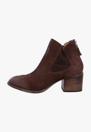 Ankle boots - marrone