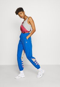 adidas Originals - BIG - Tracksuit bottoms - team royal blue/trace khaki/power pink - 1