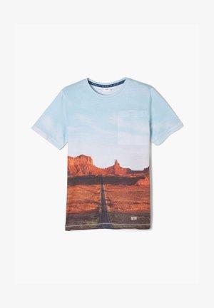 T-shirt imprimé - white placed print