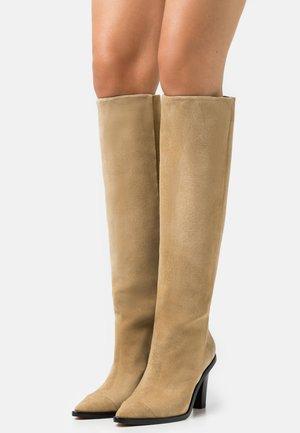 DROVA - Vysoká obuv - beige