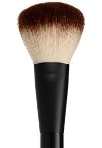 Nyx Professional Makeup - PRO BRUSH - Makeup brush - 2 powder - 2
