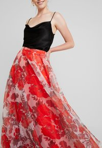 Mascara - Maxi skirt - red - 5