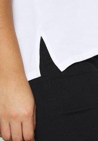 Persona by Marina Rinaldi - VALDO - Print T-shirt - bianco ottico - 5