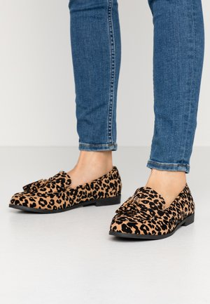 WIDE FIT LILLE LOAFER - Slip-ons - brown
