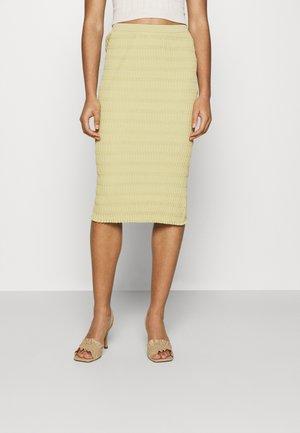 SKIRT - Pouzdrová sukně - beige/green