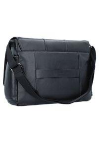 Piquadro - Across body bag - black - 2