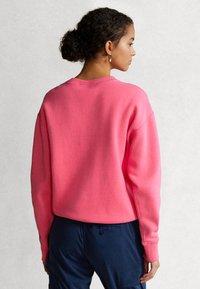 Polo Ralph Lauren - SEASONAL - Collegepaita - blaze knockout pink - 2