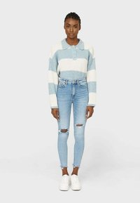 Stradivarius - Jeansy Skinny Fit - mottled light blue - 0