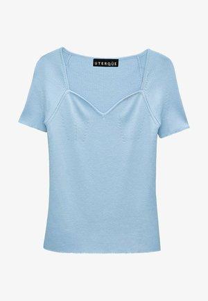 Jednoduché triko - light blue