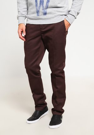 872 SLIM FIT WORK PANT - Chinos - chocolate brown