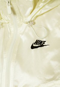Nike Sportswear - SUMMERIZED - Summer jacket - coconut milk/black - 6