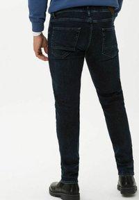 BRAX - STYLE CHRIS - Slim fit jeans - deep night used - 2