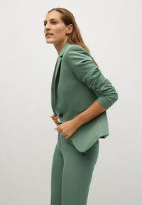 Mango - BOREAL - Chino kalhoty - groen - 3
